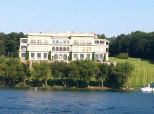 lake geneva mansion condos