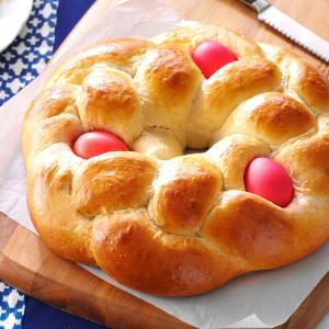lambropsomo greek easter bread pic