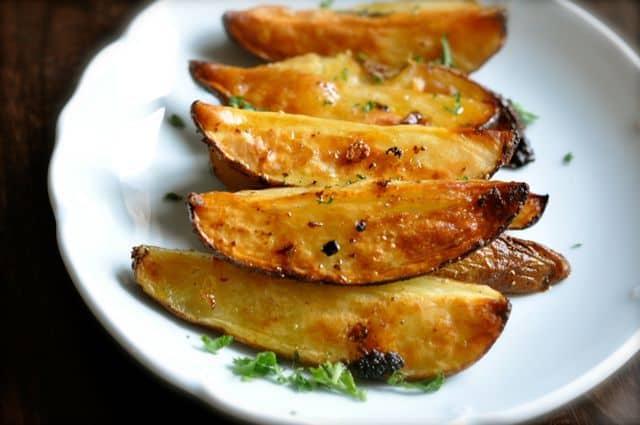 Roasted-Greek-Potatoes (1)